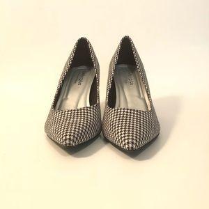 Comfort Plus by Prediction Houndstooth heels